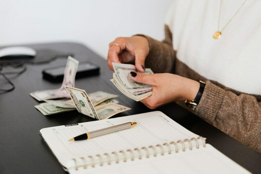 Este artículo trata sobre los ingresos suplementarios. La imagen es ilustrativa.